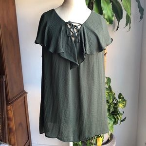 Boutique green women's flared neck top Sz  1X